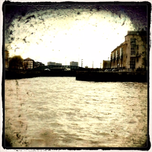 A murky day on the River at the entrance to Limehouse Reach